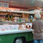 Pojízdná prodejna uzenin a pečiva na Jílovišti